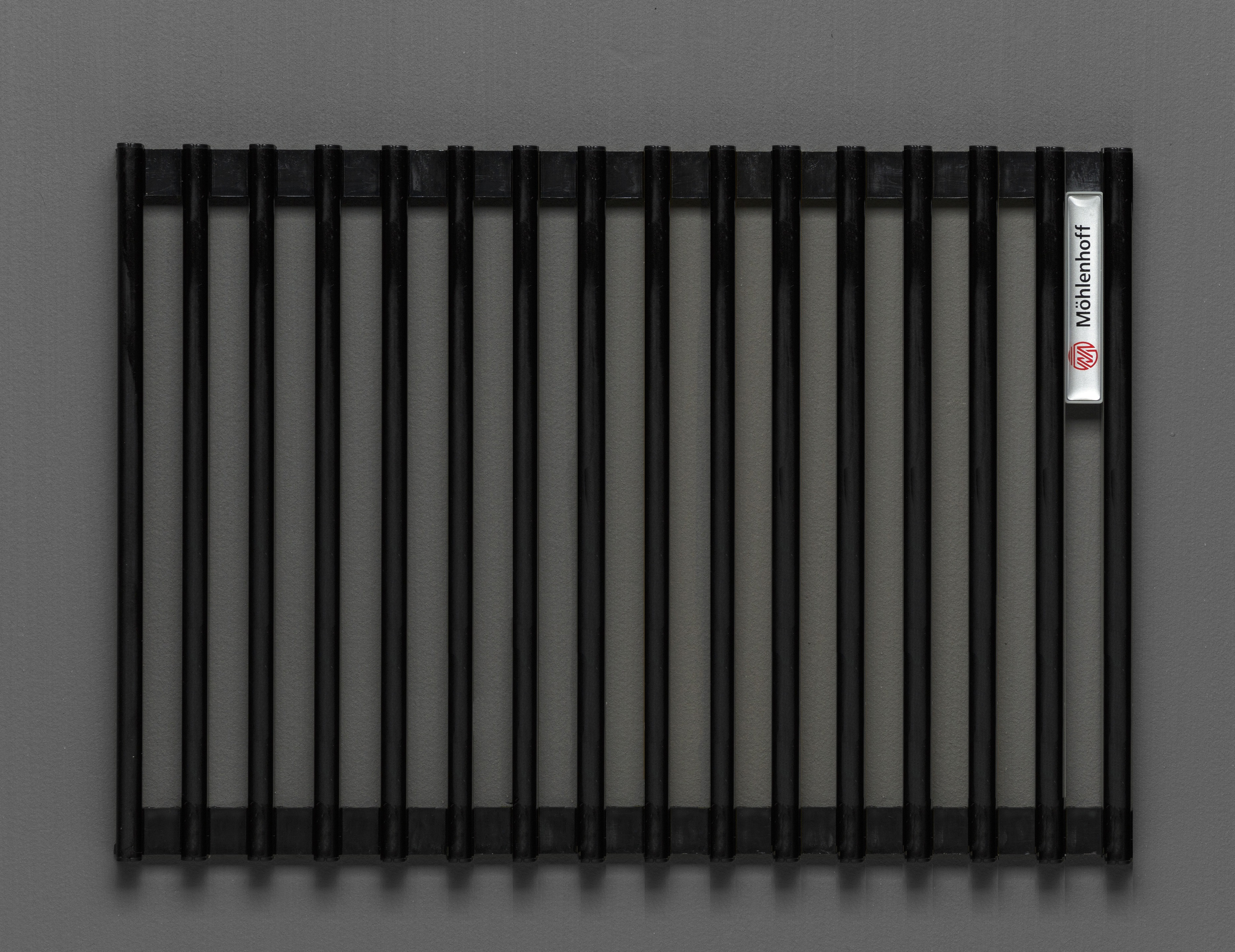 Купить Декоративная решётка Mohlenhoff черный, шириной 180 мм 1 пог. м, Россия