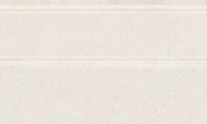 Купить Керамическая плитка Kerama Marazzi Сорбонна FMB015 Плинтус беж 15x25, Россия